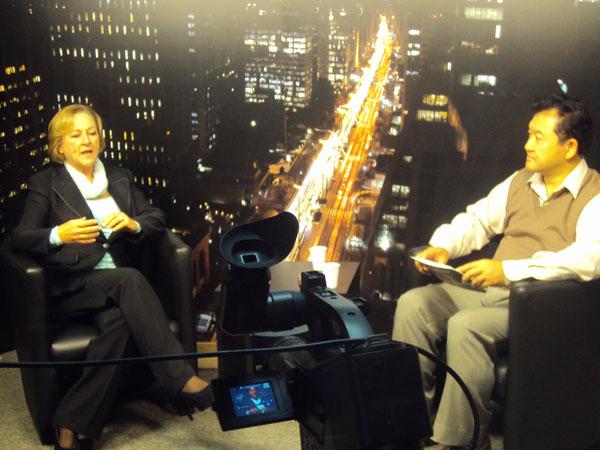 Solange Marcos no programa Tv Call Center