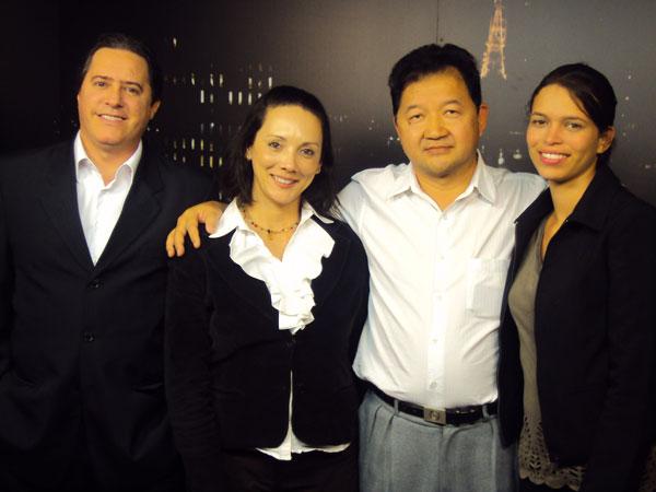 Recordação da Tv Call Center, com Roosevelt Colin, presidente da Hoje Telecom, consultora Gilmara Lima e universitária Ivanete de Lima Santos