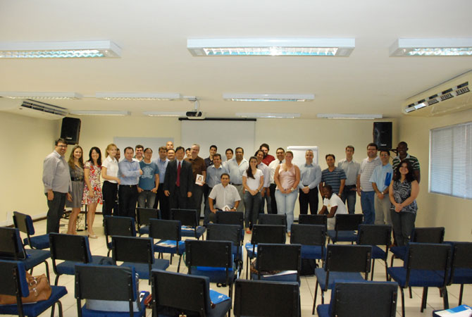 Participantes: 180 empresas de Tecnologias de Londrina e Ortigueiras. Coordenaçao do evento: Tazima, Joel Franzim Jr, Geraldo Magela e Lucio Kamiji (fotos: Cassia Naomi)